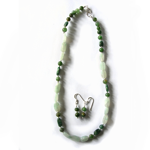 Agate beaded necklace with sterling silver