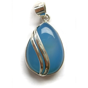 Chalcedony & sterling silver pendant